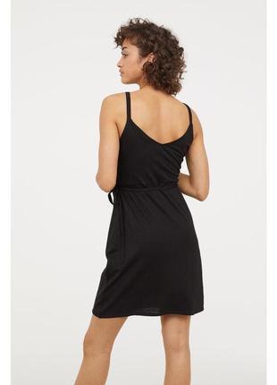 Новое базовое чёрное  платье с имитацией запаха