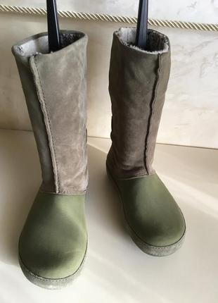 Crocs резиновые сапоги крокс. crocs women's green boot кожаные сапоги crocs