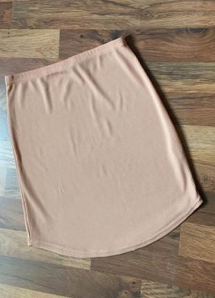 Бежевая юбка в рубчик