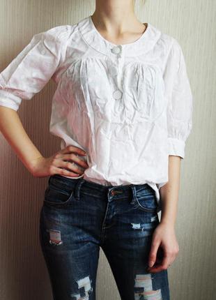 Лёгкая белая блуза в горошек свободного кроя