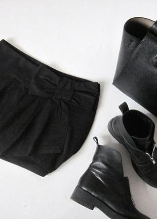 Черная юбка zara trafaluk 100 % котон юбочка с драпировкой впереди декор бант