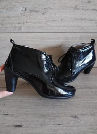 Ботинки ботильоны экко ecco sculptured 65 39р лаковая кожа 26 см