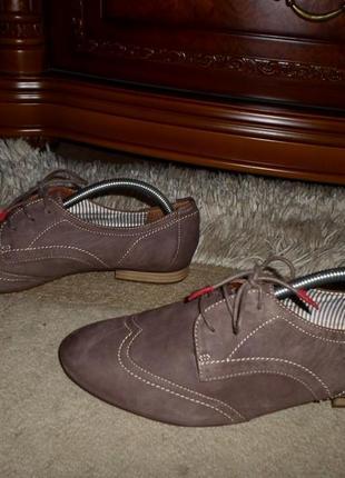 Бомбезные мягкие комфор.бренд.туфли-оксфорд tamaris,кожа,германия,41 р