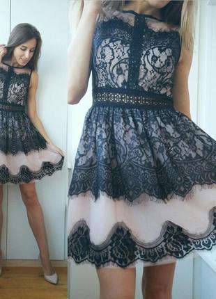 Нежное нарядное платье кружево