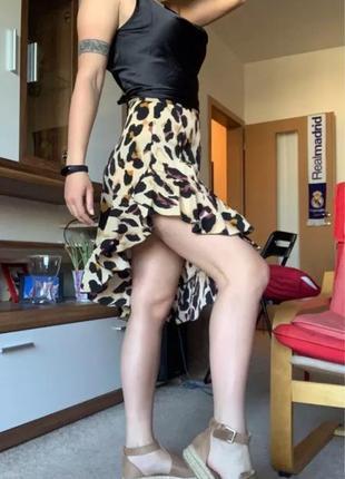 Яркая юбка