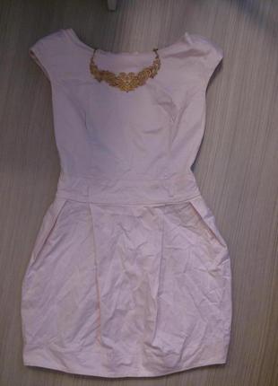 Коктельное платье бледно розового цвета