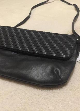 Чёрная сумка-клатч