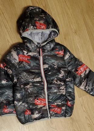 Курточка для деток с модным принтом