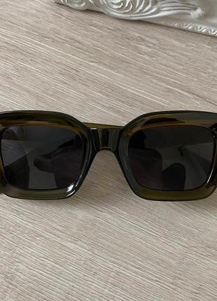 Нові трендові окуляри