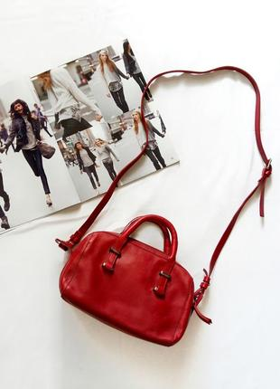 Красная кожаная сумка massimo dutti