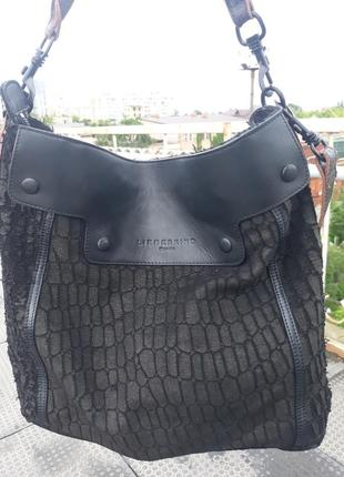 Liebeskind фирменная кожаная сумка.
