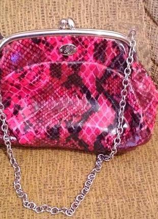 Фирменная  стильная  качественная  сумка