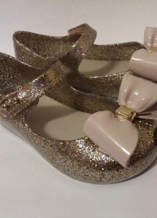 Очень классные балетки босоножки туфельки mini melissa оригинал 100%