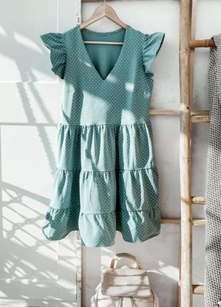 Свободное платье с воланами