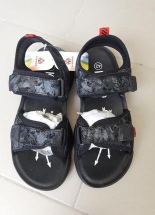 Подростковые сандалии на липучках 35-40рр в наличии
