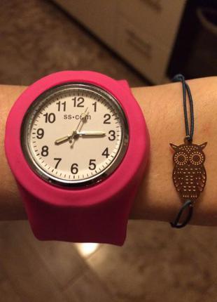 Новые резиновые часы