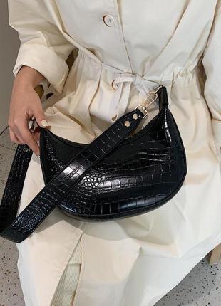 Сумка сумочка седло под винтаж с широким ремнем новая черная