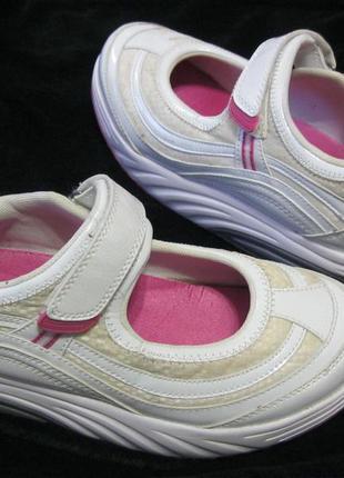 Маст хэв shape ups кроссовки туфли балетки для фитнеса похудения 39