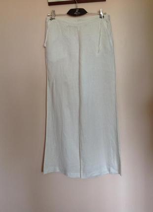 Льняные расклешенные штаны/m- l/ brend kookai