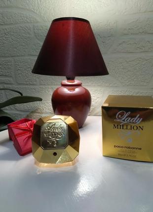 Женская парфюмерная вода lady million