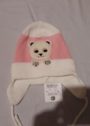 Бело-розовая шапка на весну/осень