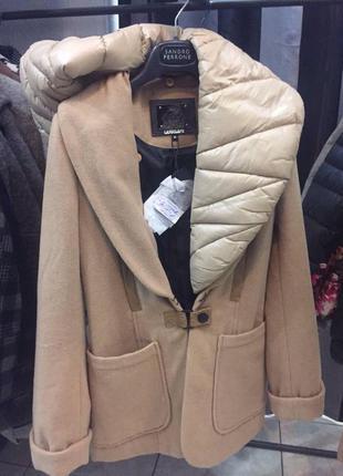 Пальто со съемным воротом