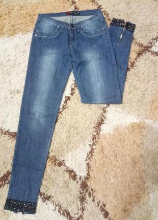 Cупер классные джинсы sarah chole