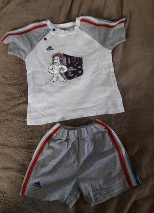 Адидас оригинал лето костюм 1 раз одет на 1.5 - 2 года