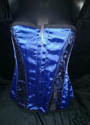 Красивый синий корсет с кружевом