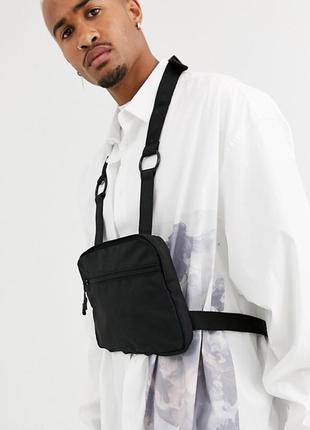 Черная футуристическая функциональная сумка броник бананка на грудь asos