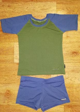 Летний спортивный костюм. футболка и шорты