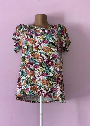 Блуза цветочный стиль яркая вискоза красивая
