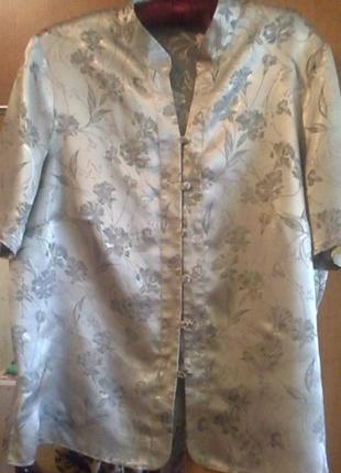 Легкая нарядная блуза