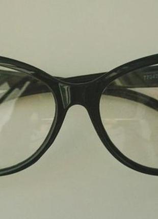 Супер стильные очки кошечки