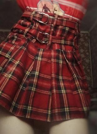 Винтажная мини юбка красная клетчатая на ремешках