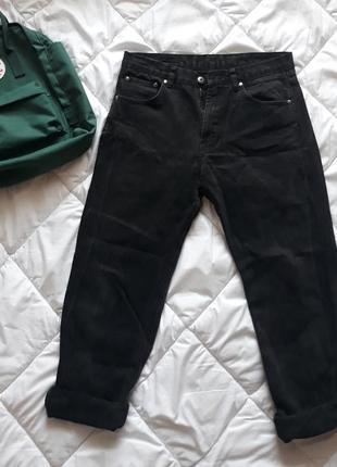 Чёрные джинсы мом😎