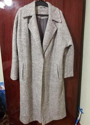 Стильное теплое пальто оверсайз