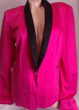 Актуальный малиновый пиджак-жакет