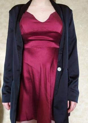 Шелковое платье в винном цвете