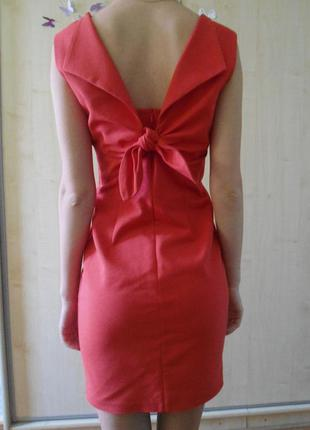 Обалденное платье с открытой спиной