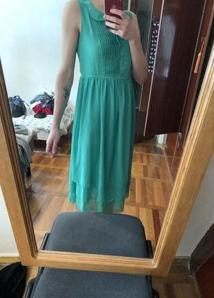 Легкое летнее струящееся платье без рукава 😍