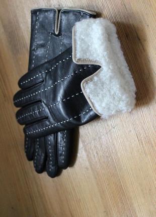 Перчатки из нат кожи