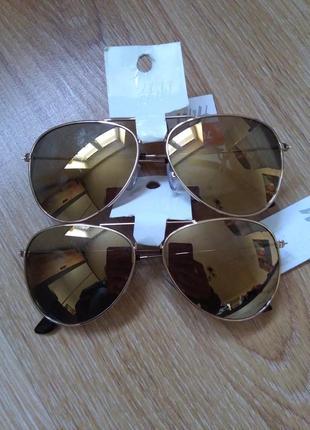 Солнцезащитные очки фирмы н&м