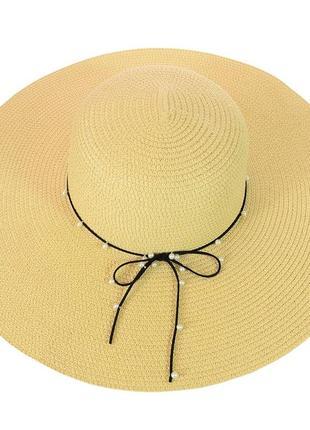Шляпа широкополая из соломки