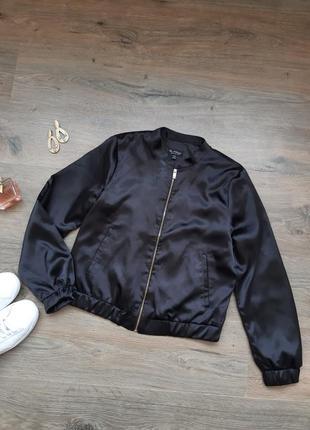 Бомбер. летняя куртка