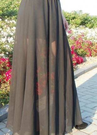 Длинная шифоновая юбка ,одна с разрезом,другая без