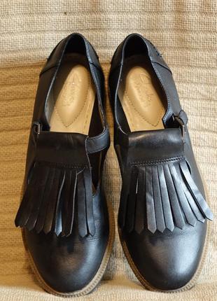 Черные кожаные туфли с длинной бахромой clarks somerset англия 38 р.3 фото
