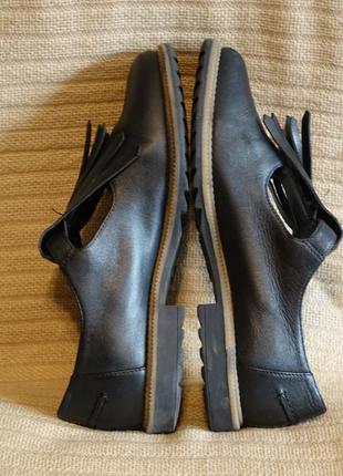 Черные кожаные туфли с длинной бахромой clarks somerset англия 38 р.6 фото
