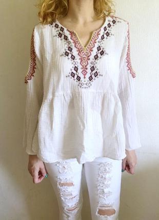 ♥️ мега скидки ♥️натуральная блуза бохо  с открытыми плечами оборка вышивка