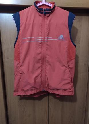 Спортивная легкая оранжевая жилетка adidas,безрукавка